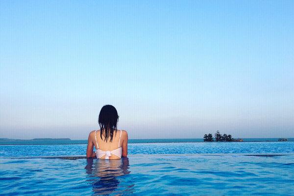 福建漳州抖音网红无边泳池、火山岛白塘湾旅游景点图无边游泳池