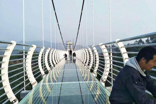 长泰玻璃桥在哪里,快来感受一下闽南唯一的玻璃栈道